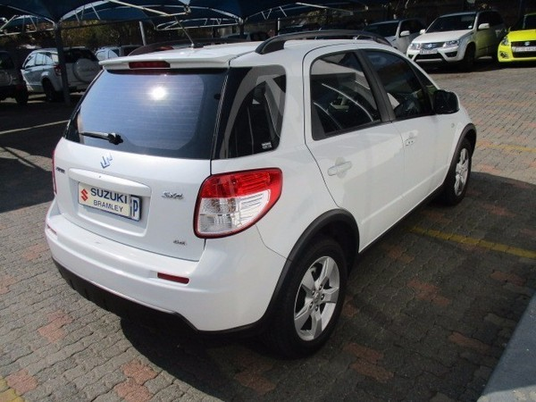 used suzuki sx4 2 0 6mt awd 4x4 for sale in gauteng. Black Bedroom Furniture Sets. Home Design Ideas