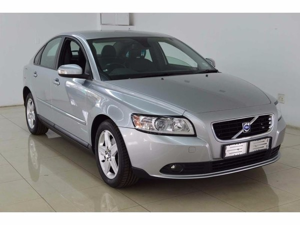 used volvo s40 for sale in gauteng id 2316940. Black Bedroom Furniture Sets. Home Design Ideas