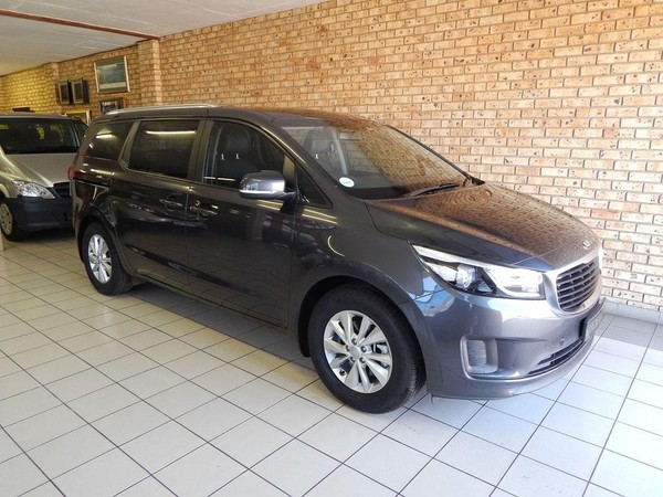 used kia sedona 2 2d ex auto 11 seat for sale in gauteng. Black Bedroom Furniture Sets. Home Design Ideas