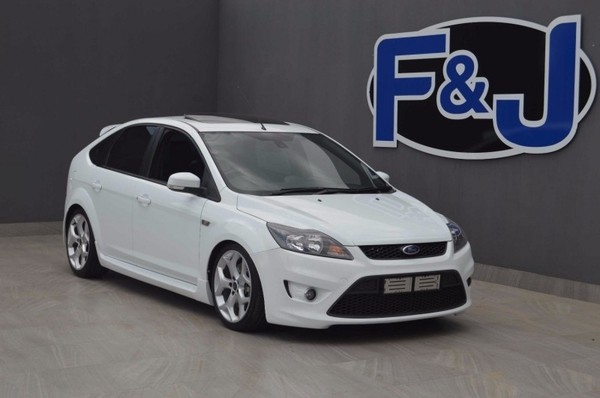 used ford focus 2 5 st 5dr for sale in gauteng id 2718338. Black Bedroom Furniture Sets. Home Design Ideas