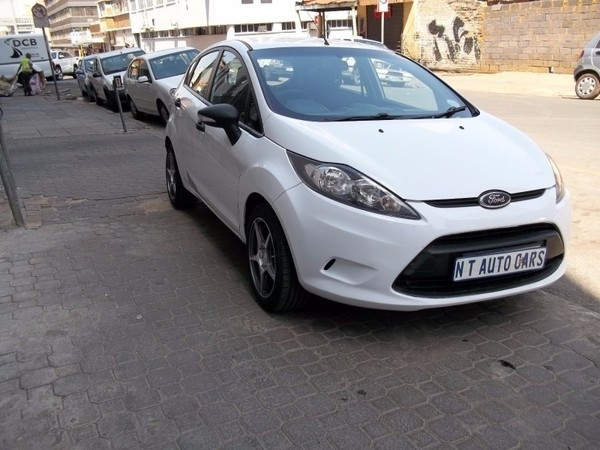 used ford fiesta 1 4 trend 5 door for sale in gauteng id 2719392. Black Bedroom Furniture Sets. Home Design Ideas