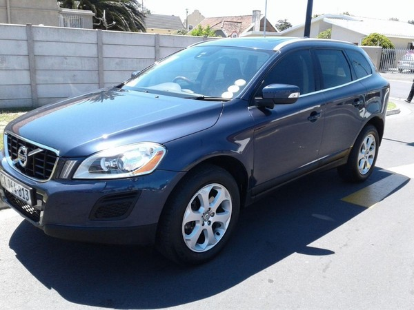used volvo xc60 d3 drive essential for sale in western cape id 2779234. Black Bedroom Furniture Sets. Home Design Ideas