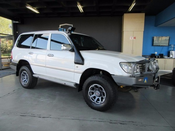 used toyota land cruiser 105 series for sale in gauteng id 2830566. Black Bedroom Furniture Sets. Home Design Ideas