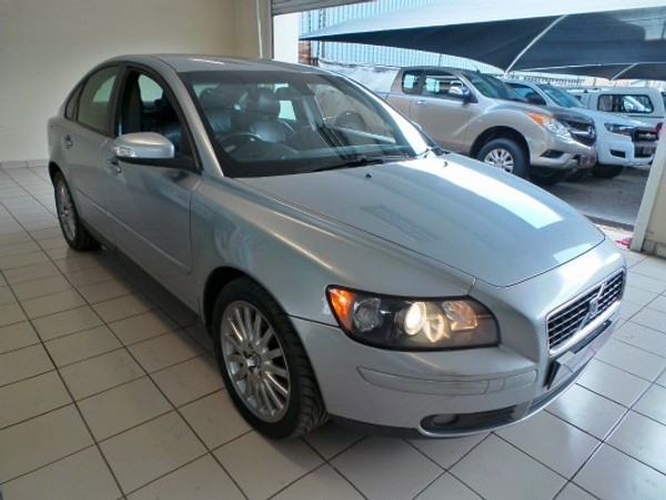 used volvo s40 t5 for sale in gauteng id. Black Bedroom Furniture Sets. Home Design Ideas