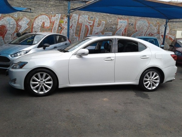 used lexus is 250 a t for sale in gauteng id 2894968. Black Bedroom Furniture Sets. Home Design Ideas