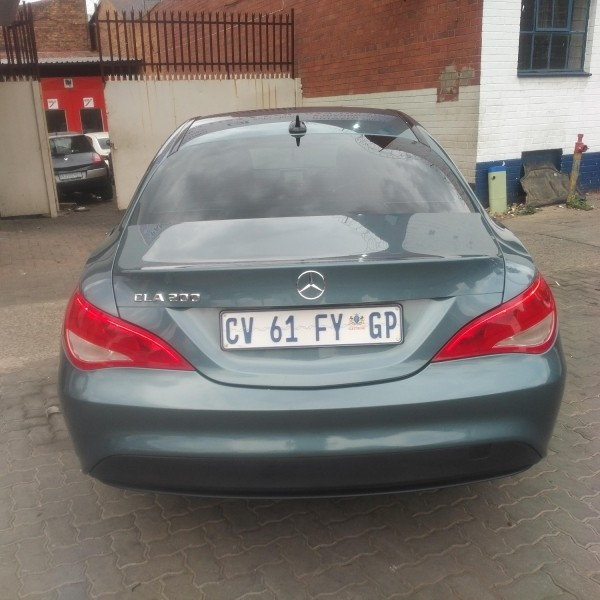 Used mercedes benz cla class 200 auto for sale in gauteng for Mercedes benz cla class for sale