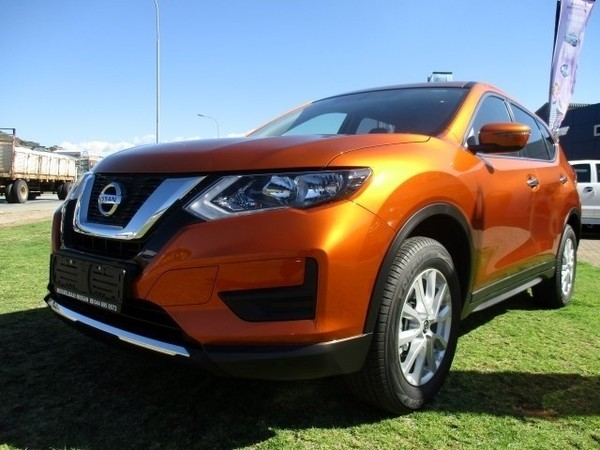 used nissan x trail 2 0 visia for sale in western cape id 2908806. Black Bedroom Furniture Sets. Home Design Ideas