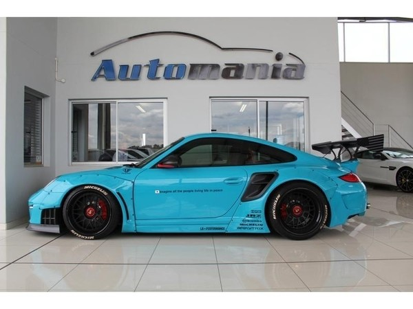 used porsche 911 2011 porsche 911 turbo s liberty walk for sale in gauteng id 3036396. Black Bedroom Furniture Sets. Home Design Ideas