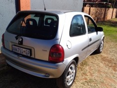 2002 Opel Corsa 1.6is Ac Ps  Gauteng Pretoria