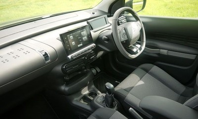 used citroen c4 cactus puretech shine for sale in gauteng id 1337837. Black Bedroom Furniture Sets. Home Design Ideas
