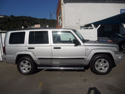 used jeep commander 3 0 sport auto for sale in kwazulu. Black Bedroom Furniture Sets. Home Design Ideas