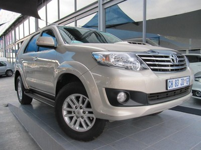 Used Toyota Fortuner 2.5d-4d Rb for sale in Gauteng - Cars