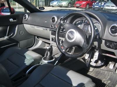 Used audi tt roadster quattro for sale in gauteng for 2000 audi tt window regulator