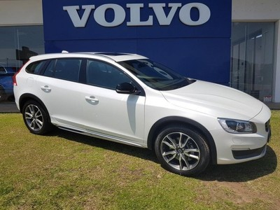 used volvo v60 cc d4 momentum geartronic awd for sale in. Black Bedroom Furniture Sets. Home Design Ideas