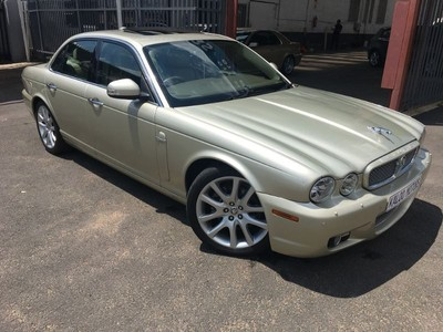 used jaguar xj xj8 4 2 super for sale in gauteng. Black Bedroom Furniture Sets. Home Design Ideas
