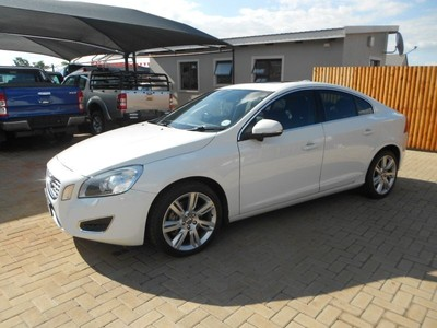 used volvo s60 t6 excel geartronic for sale in gauteng id 1811217. Black Bedroom Furniture Sets. Home Design Ideas
