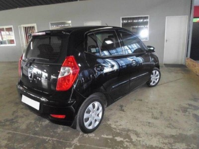 used hyundai i10 1 1 gls for sale in gauteng id 1862363. Black Bedroom Furniture Sets. Home Design Ideas