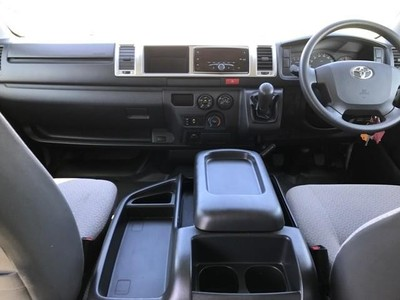Used Toyota Quantum 2.5 D-4d 10 Seat for sale in Eastern Cape - Cars ...