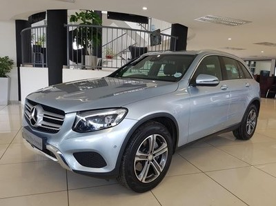 used mercedes benz glc 300 for sale in gauteng id 1938373. Black Bedroom Furniture Sets. Home Design Ideas