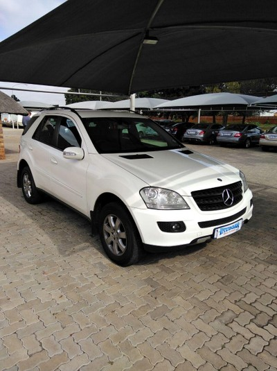 Used mercedes benz m class ml 350 a t for sale in gauteng for 2005 mercedes benz ml350 for sale