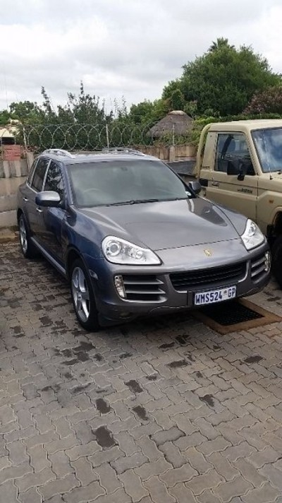 used porsche cayenne tiptronic for sale in gauteng id 984175. Black Bedroom Furniture Sets. Home Design Ideas